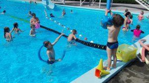 Uživamo na suhem in v bazenu.